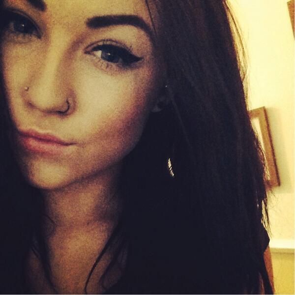 Jaye Ash On Twitter Double Nose Piercing Pierced Pain