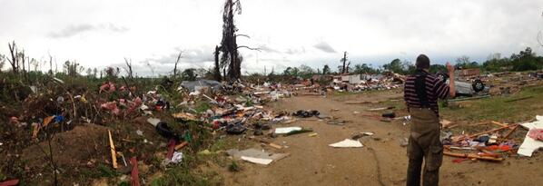 Got here about an hour after the tornado hit, miraculously no fatalities. Salem, AL http://t.co/MJoywReyjl