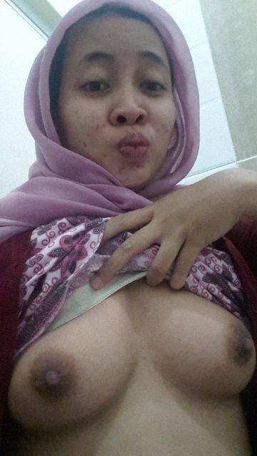 Opinion, interesting Girl nude malay bertudung well