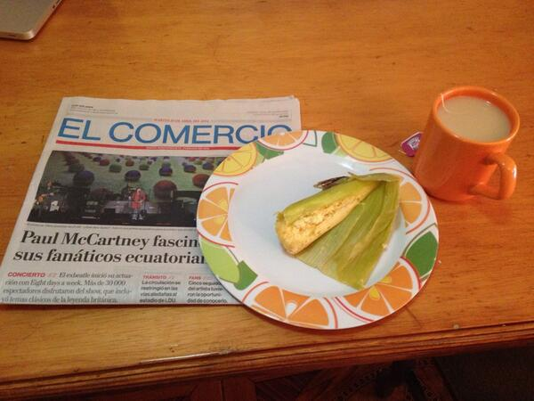 Starting my day with the local newspaper and a humita (delicious Ecuadorean staple) dropped off by our neighbor! http://t.co/s8gZnrY85Z