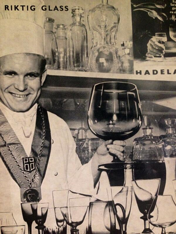 Now THIS is a guy I'd buy a wine glass from. @foodandwine #oldschool #wine http://t.co/OUk74YIup5