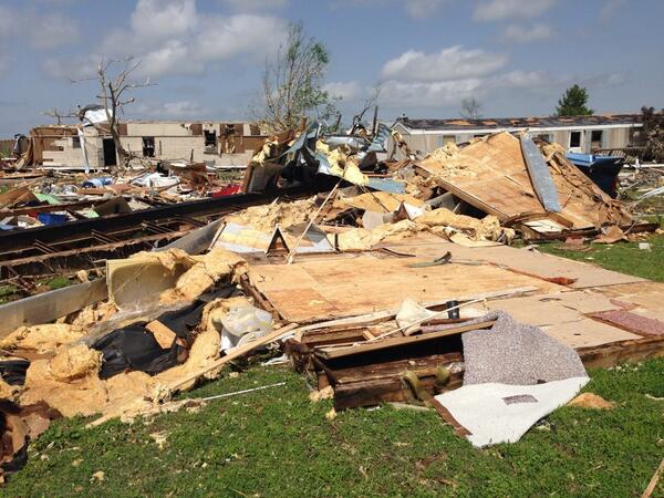 PICTURE: This is the back side of the trailer court in Limestone Co. 27 trailers destroyed & 2 killed. http://t.co/wk7xr3Tl9c