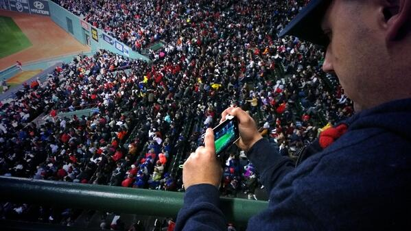 #teamlumia Grabing a shot of the Fenway crowd. http://t.co/cf9BKFvA8H