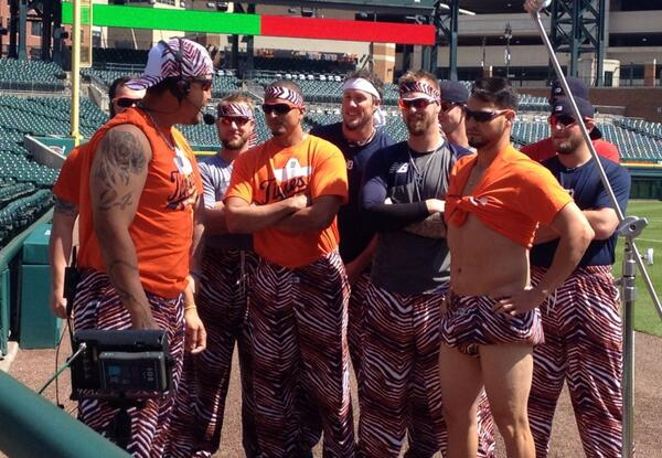 Introducing his teammates....Zubaz courtesy of Joba. Sanchez....I have no idea. #tigers #intentionaltalk http://t.co/DYIueLq31B