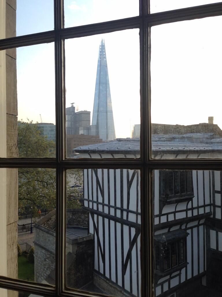 The view from the room in which Queen Elizabeth I was imprisoned. Apart from the Shard. That wasn't there then http://t.co/rdZLeKXhBn