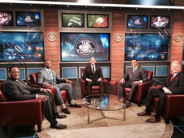 looking good!!  @CBSSportsGang It's training camp for our new team of THE NFL TODAY at the @NFLonCBS NYC studio http://t.co/QWZ8UIlR8F