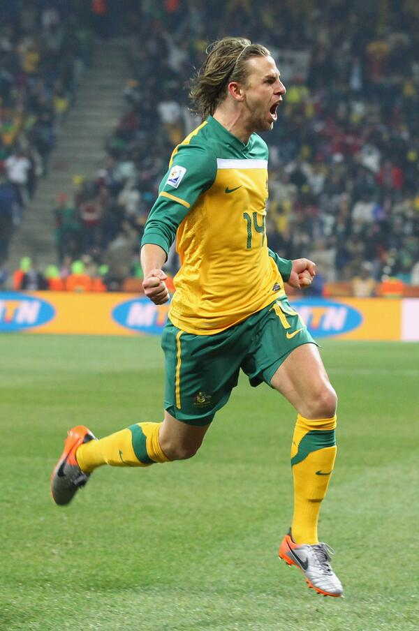 Congrats to Brett Holman on a fantastic @Socceroos career and his immense contribution to Australian football. http://t.co/RYW1AvFzxy