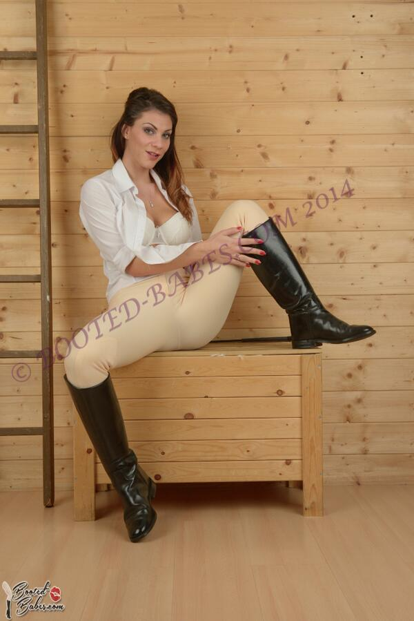 Riding boots porn