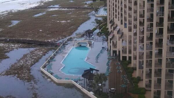 Brandon Robinson On Twitter Phoenix 6 And 7 Orange Beach Alabama Flooded Pools 1st Floors Alwx Http T Co La7sjq10