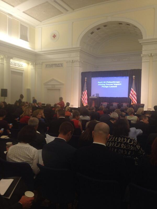 Great crowd at today's #JoiningForces #PledgeForVet event! http://t.co/8gEiVMY3dA
