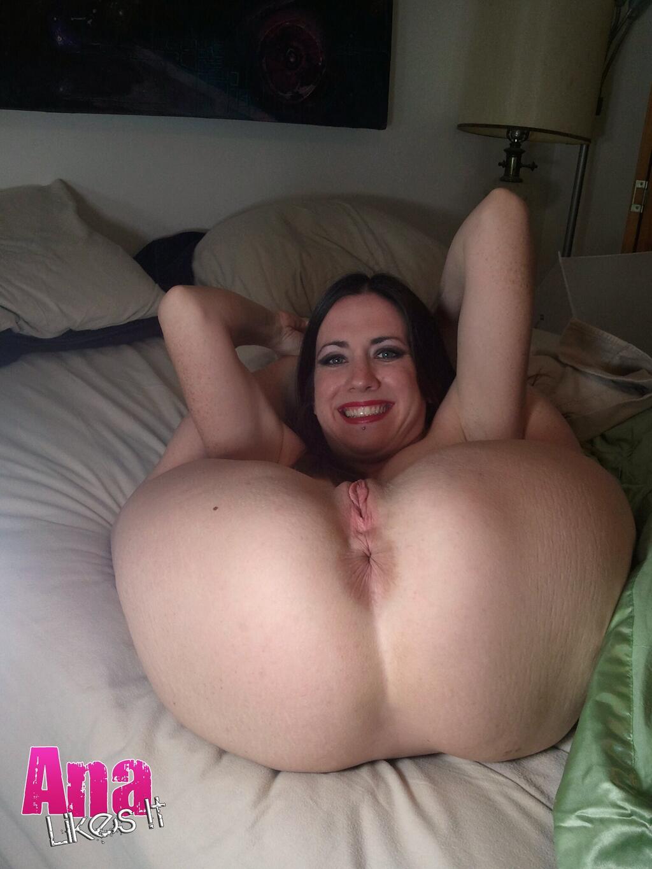 juliette lewis tits gifs