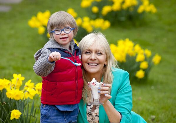 Please support my best copresenter ever Aaron, @DownSyndromeIRL & @HBIreland with their v important Fundays Campaign http://t.co/Z1JTule2aG