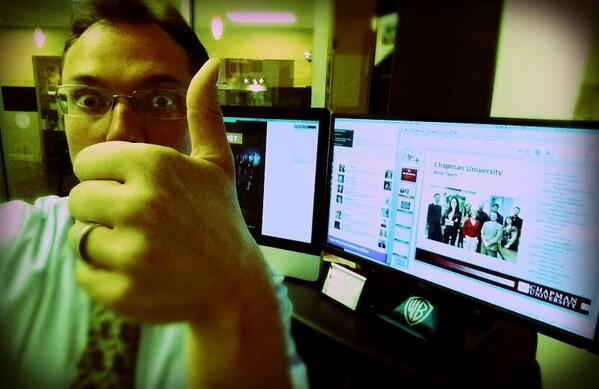 #hec14 #selfie competition: Me as I get ready to represent the #ChapmanU's Web Team. http://t.co/DbkgTLE34B