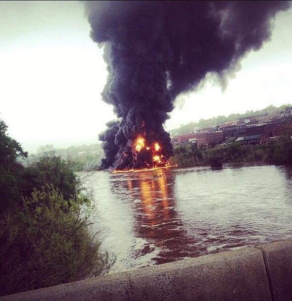 "Train Derails In Lynchburg, Massive Fire Erupts, ""Flames Stories High"" thumbnail"