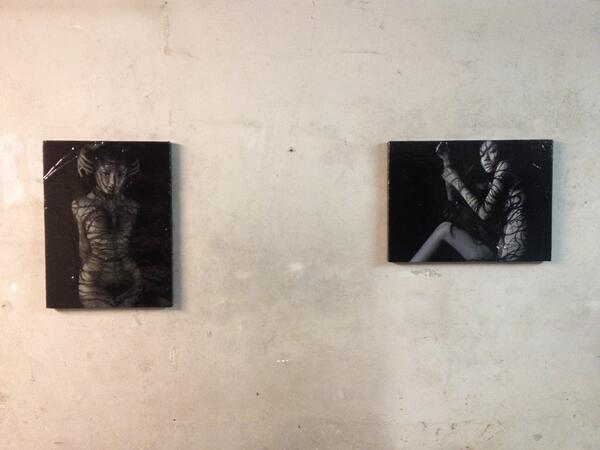 sukekiyoのジャケットを手掛けてから池谷友秀さんの作品がまた、ゆっくりと拡散されているので、昨年11月9日までロウワーアキハバラで開催された個展より、展示風景を投稿してみます。 http://t.co/qukPgKIbR0