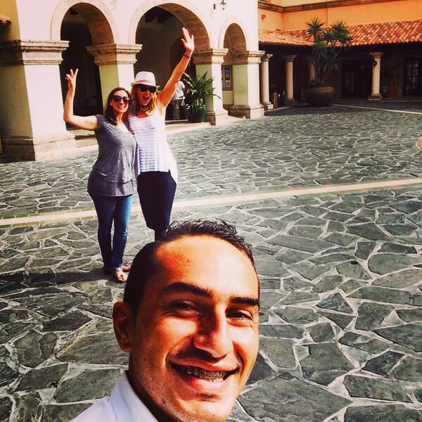 Awesome Ozzy! Best host ever! #selfie #loscabos2014 #cabo #lcdusa pic.twitter.com/zN2AScp2St
