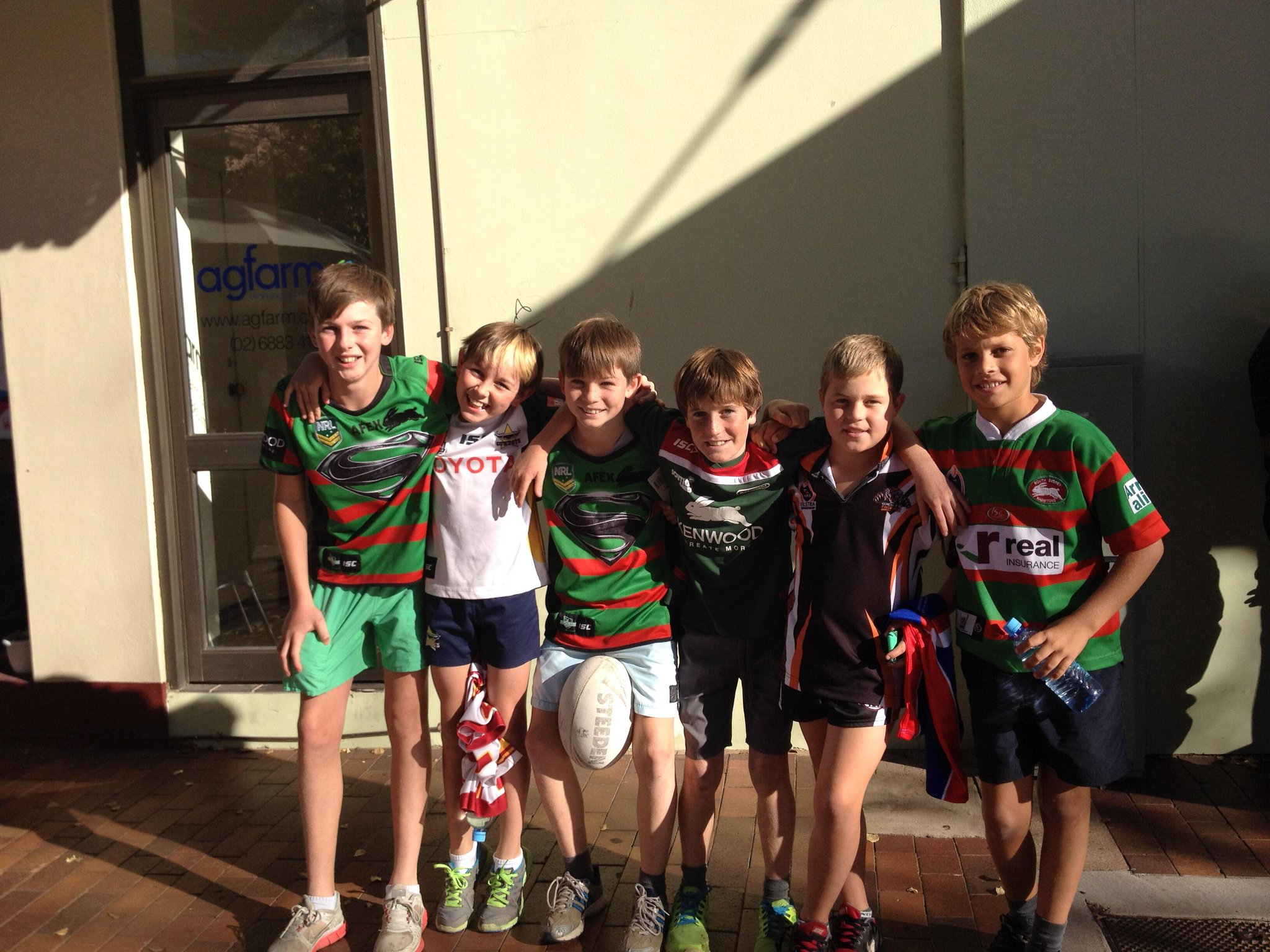 These guys travelled for 2 hours for the players signings in Dubbo! They all play for the Coonamble Bears. #CvC http://t.co/tosFcgsX6v