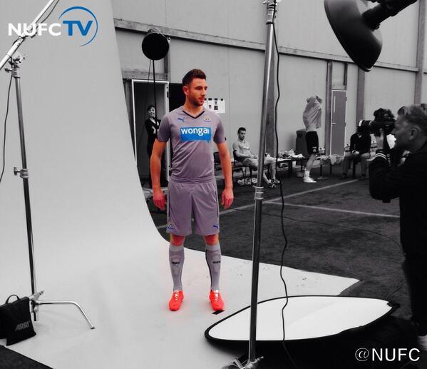REVEALED! Newcastle Unveil Their Brand New Grey Puma Away