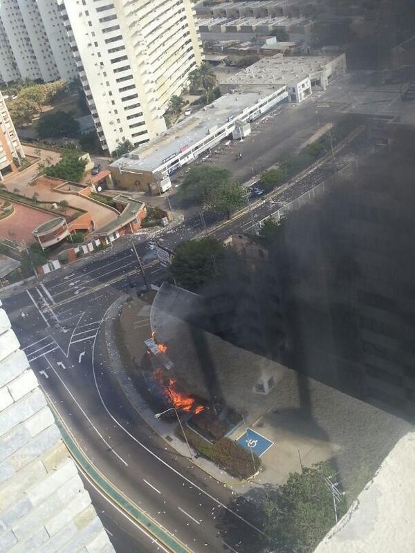Thumbnail for Incendio en el concesionario Chevrolet en Av. El Milagro de Maracaibo