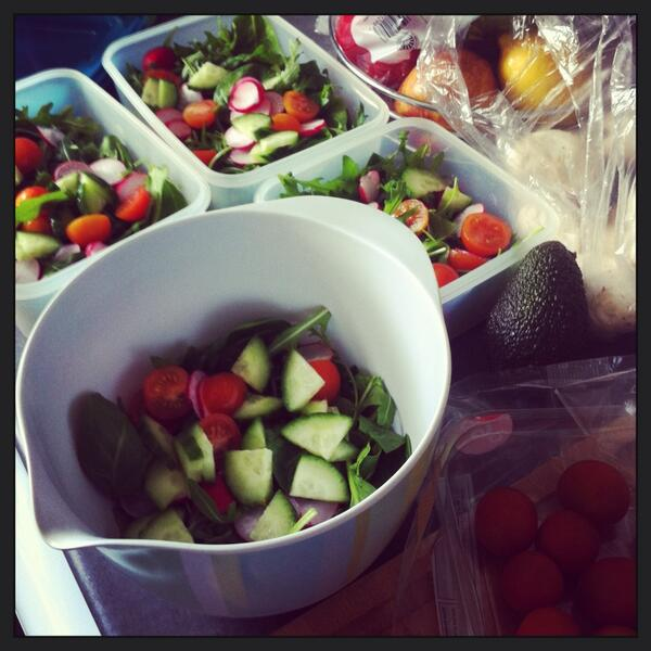 RT @lauraj_thomas A4: My salad batching in action! #healthtalk #timesaving http://t.co/kO6RUY7nT3