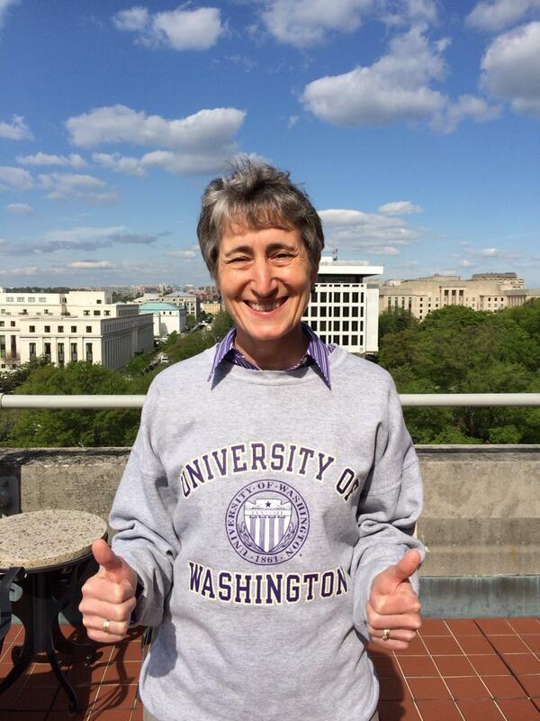 We're looking for the next generation of leaders @Interior. #ReachHigher & join us after graduation! SJ http://t.co/ncipYr1hRN