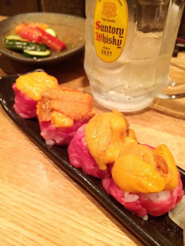 生ウニの霜降り和牛巻き寿司! もうね、この5年位で1番美味い( ´ ▽ ` )ノ http://t.co/kFNNeg8pzY