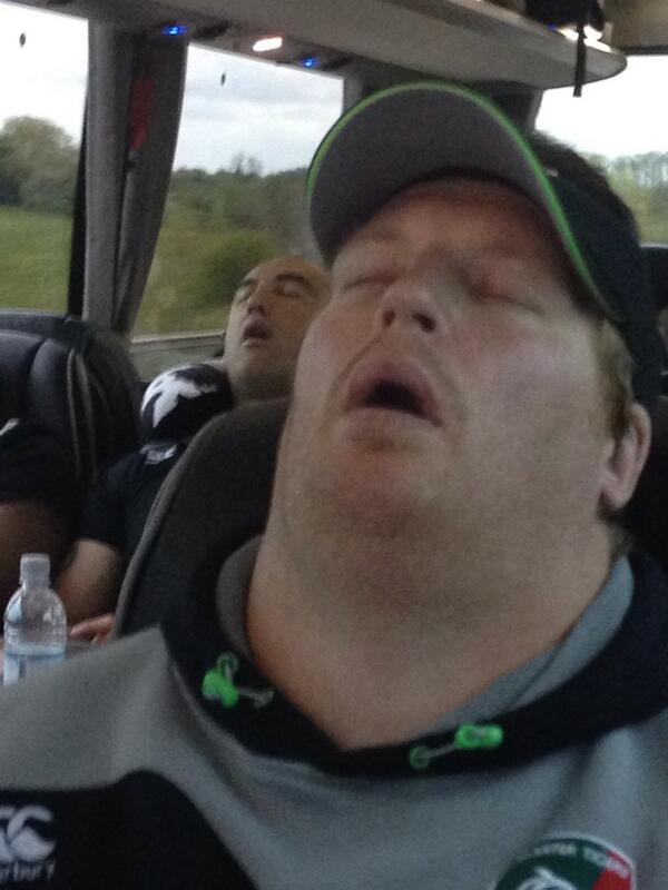 What a pair of sleeping beauties, where does @Toottankwaldrom neck start? #openwide #gobs #sexy http://t.co/BTG8Y1BfM4