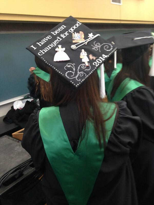 Gettin ready to walk! #roosevelt2014 #graduation #itsabouttime #craftycap http://t.co/wYSblcHgT7