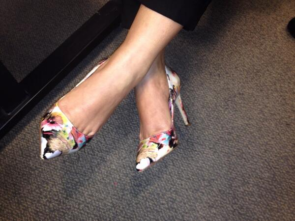 @akstewart80 some pretty heels you have on for #csweor http://t.co/hZjPNjQXlN