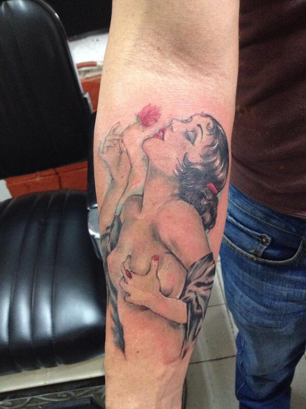 Kristhianrosenkreutz On Twitter Tattoo Tatuaje Pinup Httpt