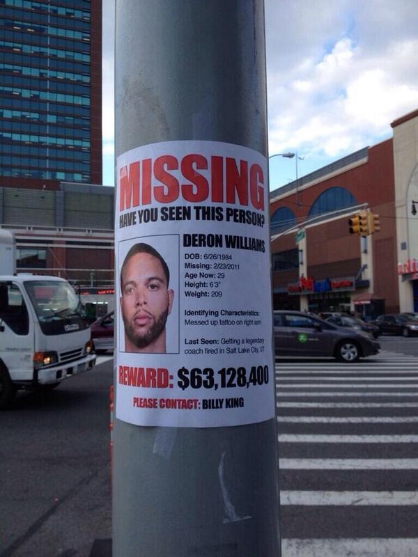 Outside the arena in Brooklyn. #RTZ @Paul__Jones @LeoRautins @JonesOnTheNBA http://t.co/lPQpmRW9L8