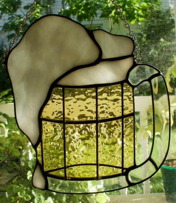 Happy Friday! Time for a beer... #stainedglass #art #tgif #beer :) http://t.co/Wi5LUKt3iB http://t.co/T9eqcAd2Go