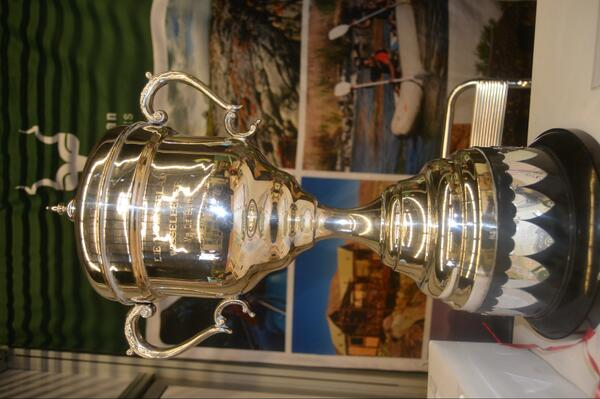 Volksblad Flouting trophy awarded to SANParks http://t.co/n4DoMK4CrB
