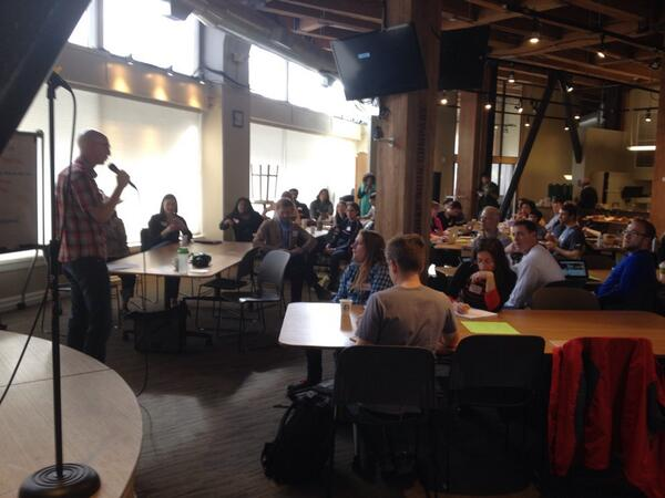 And so it begins, with a full house and full bellies courtesy of @EssentialBaking & @Starbucks @hack2end #h2eh http://t.co/UtuYUCwOPN