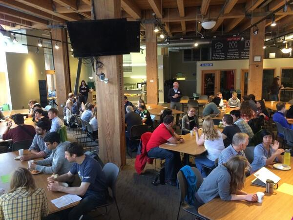 .@hack2end #homelessness in full swing here at @hubsea! I think it's gonna be a fun weekend :) #h2eh http://t.co/24pFFUTnsf