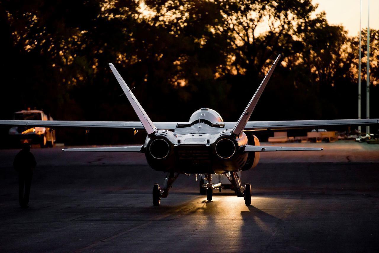 Scorpion ISR/Strike Aircraft Bmx8DfgIUAAAwra