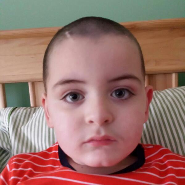 #LittleLiamo has grown angelwings & joinied sister Saoirse in heaven   #RIP son   #SuperHero   No More #BattenDisease http://t.co/JobJBUSRD5