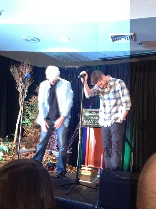 Jensen is laughing already. At @jarpad. Aww #dccon http://t.co/tfIrHZuB42
