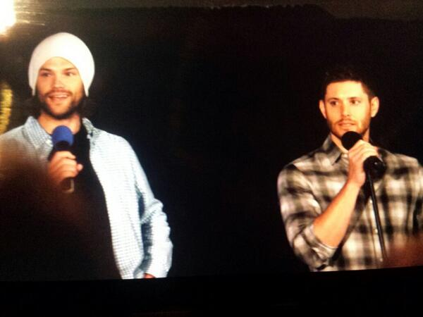 J2 at the gold panel! #DCcon http://t.co/yJFm9ajoqs