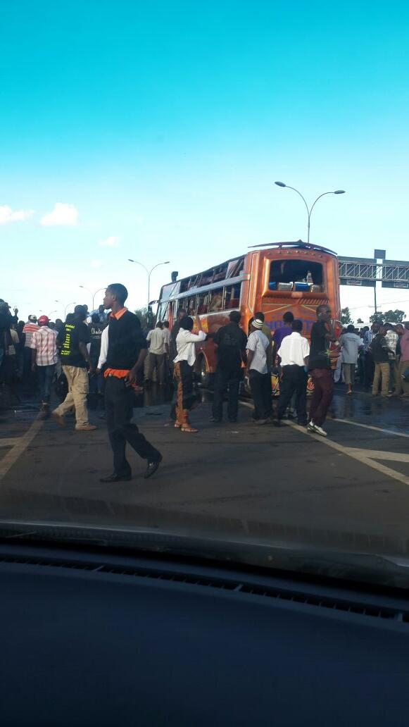 Bus blast on thika rd http://t.co/fK3DCl1FpN