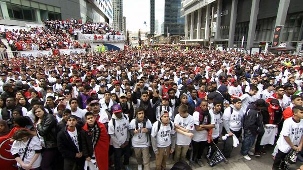 Hey @NBA @ESPN 20,000 inside and 10,000 more outside. Yes, it's true...#WeTheNorth #RTZ http://t.co/j7frU9NGel
