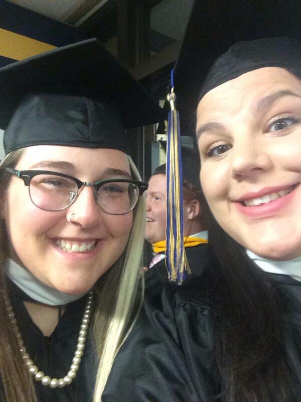 Graduation selfie #griffgrad http://t.co/hlEACTk4Zb