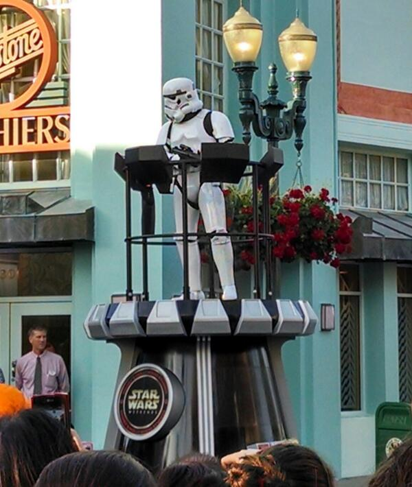 Stormtroopers on Hollywood Blvd http://t.co/bggnBj6AYa
