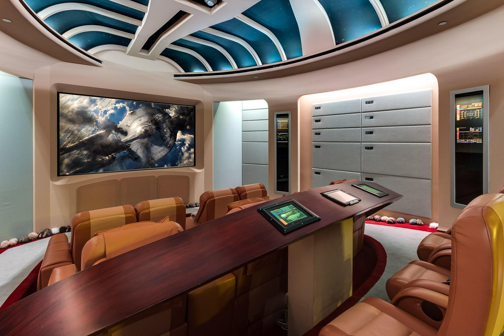 Twitter / zaibatsu: Cool Star Trek home theater ...