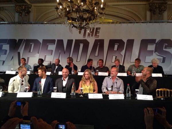 The Expendables 3 (Los Mercenarios 3) 2014 - Página 7 Bn6RAOzCMAIA_U8