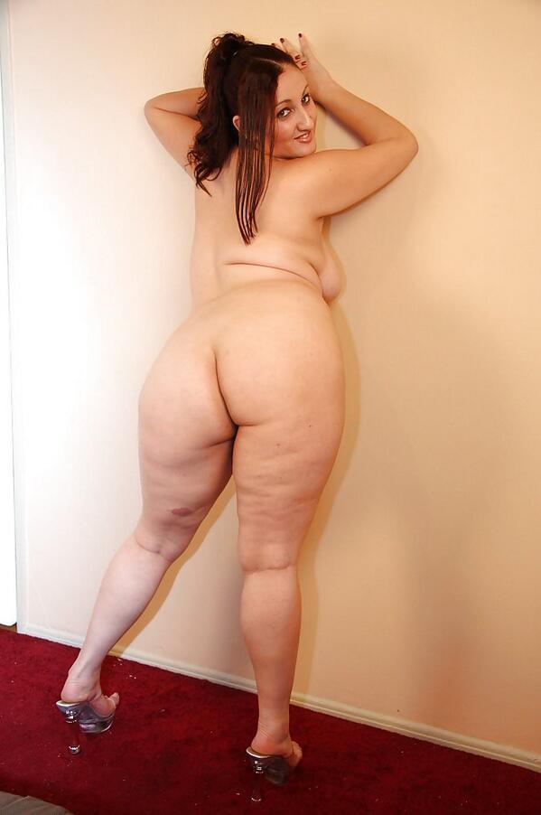 College girls naked bending over