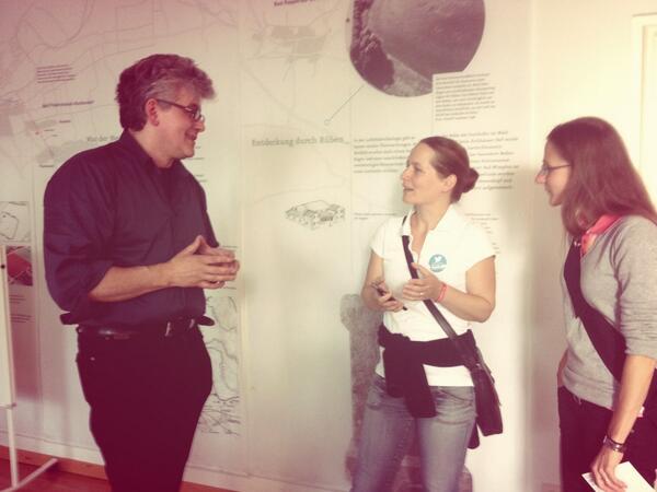 Nun noch zum Abschluss Kekse, Saft und das persönliche Gespräch mit Matthias Schamp #imt14 #heilbronn http://t.co/hZvboETC48