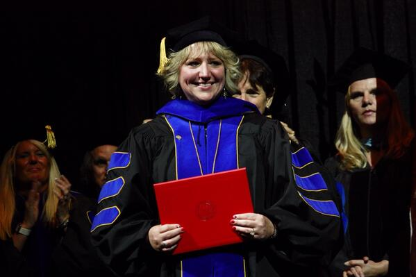 Special shoutout to Dean Kelly Dries, now Dr. Kelly Dries! http://t.co/l9CKNTQq6e