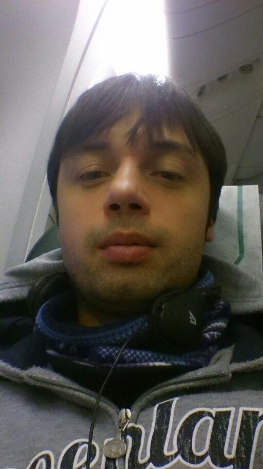 飛行機に日本へ。。。寒かった!(@_@) http://t.co/Vvml0vmU6V