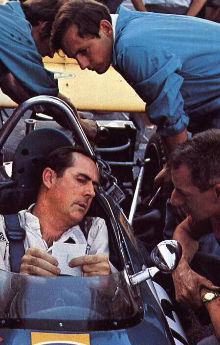 "#JackBrabhamRIP. McLaren's Ron Dennis worked for Jack in his early days & describes his former boss as ""a legend"". http://t.co/TkjuAcNCBJ"